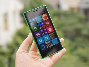 màn hình Lumia bị xước