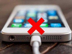 iphone-5-khong-nhan-sac