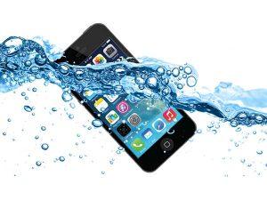 iphone-bi-vao-nuoc