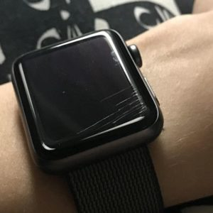 Polishing, remove scratches glass Apple Watch 1, 2, 3, 4