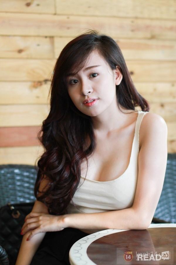 2.Bà Tưng