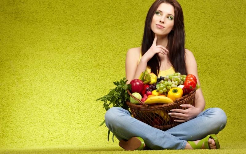 Thực đơn lành mạnh nhiều rau xanh và trái cây