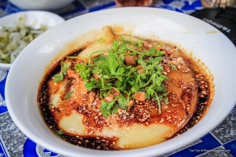 Mỳ đậu hũ là một trong những đặc sản ở Myanmar