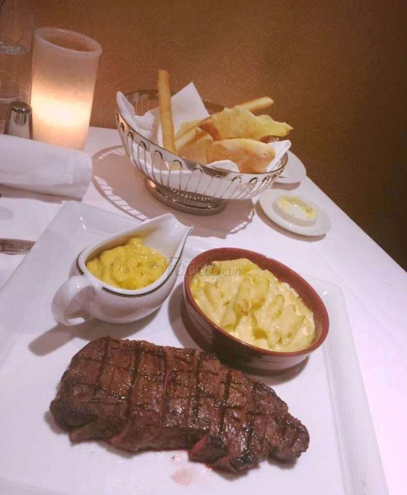 Beefsteak tại Angelina Restaurant & Lounge - Sofitel Legend Metropole Ha Noi