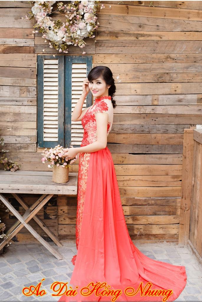 Áo dài cưới hỏi được may bởi tiệm may Hồng Nhung