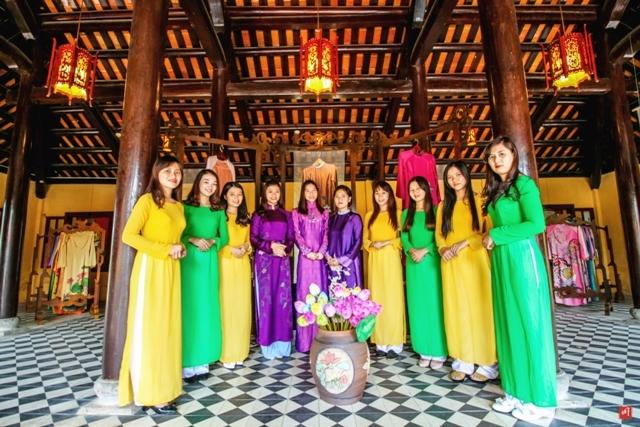 Top 5 địa điểm may và bán áo dài nổi tiếng nhất tại Huế