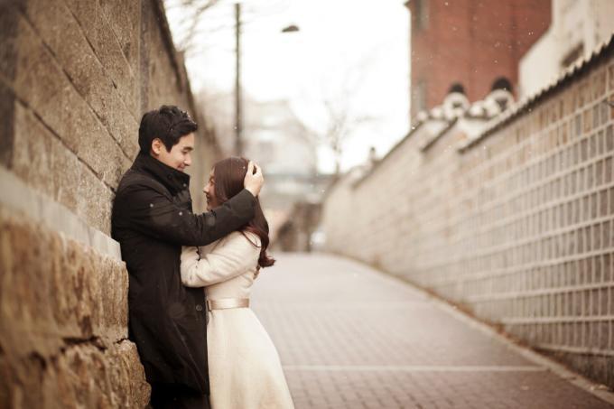 Người ấy luôn đem lại yêu thương để lấp đầy khoảng trống cô đơn trong lòng bạn.
