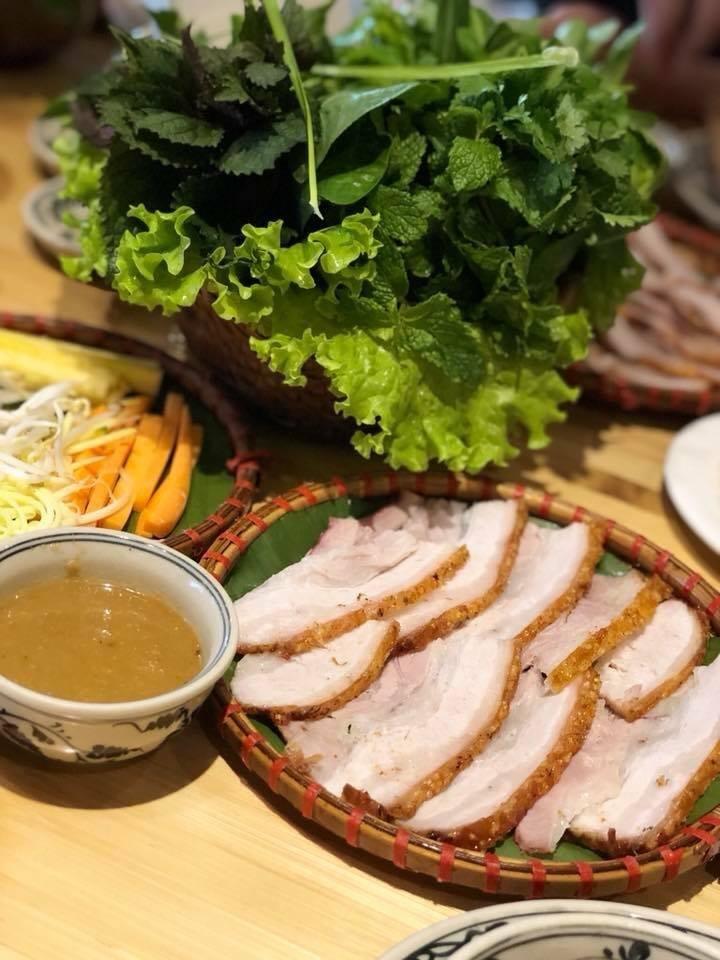 Bánh tráng thịt heo Phú Cường