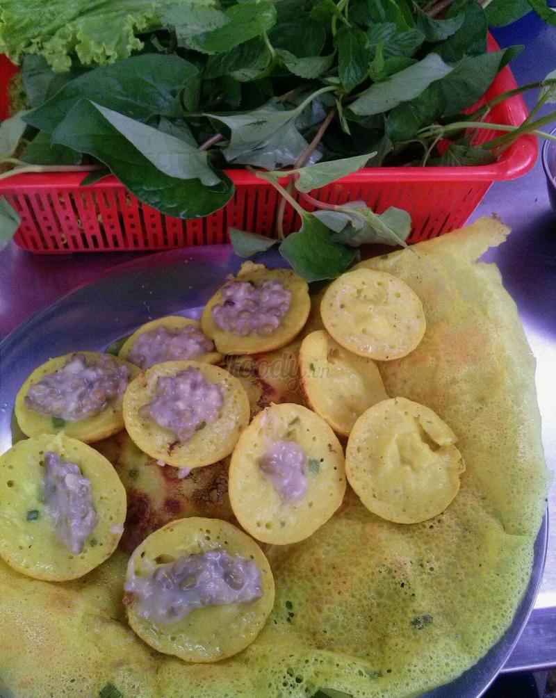 Bánh xèo, bánh khọt Huỳnh Cương