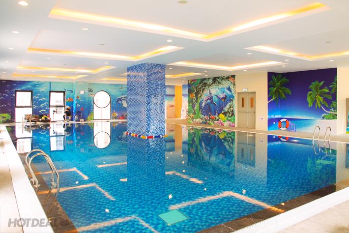Bể bơi Bốn mùa Green Pool – Giá vé: 100.000 VND/buổi