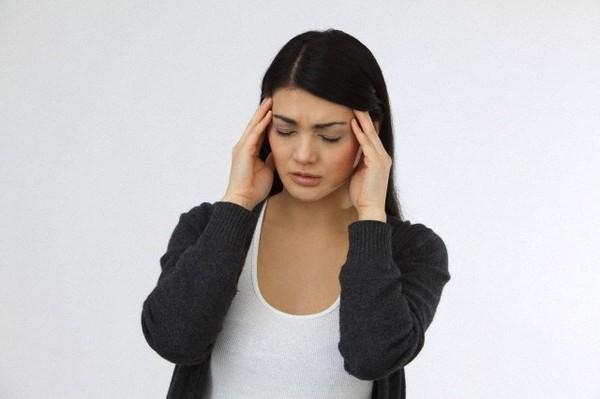 Đau đầu ảnh hưởng tới sức khoẻ và sinh hoạt