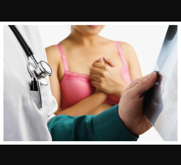 Phụ nữ cần kiểm tra ngay khi có dấu hiệu khác thường ở vùng ngực