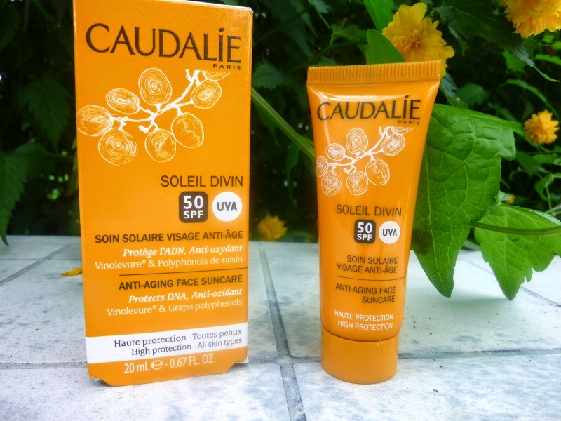 Kem chống nắng Caudalie Soleil Divin Anti Ageing Face Suncare SPF 50+