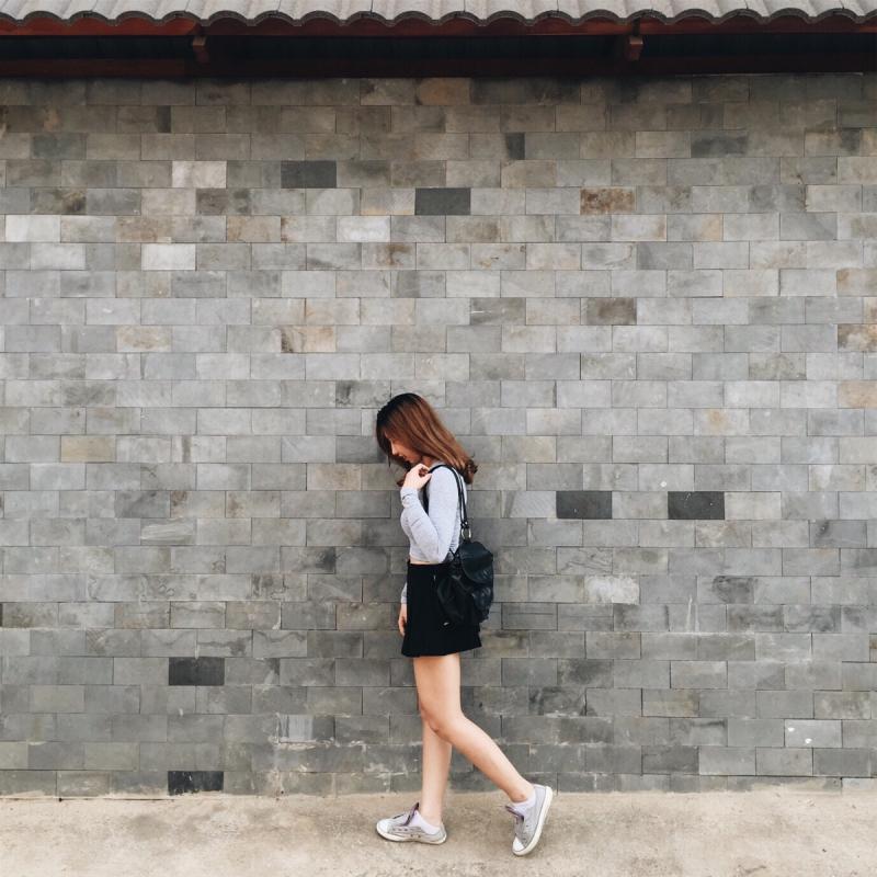 Chụp với bức tường