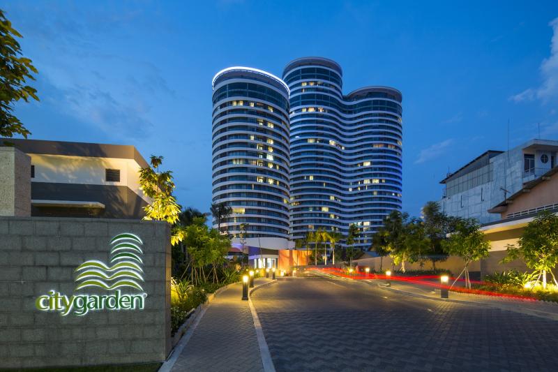 City Garden là tòa nhà có kiến trúc độc đáo