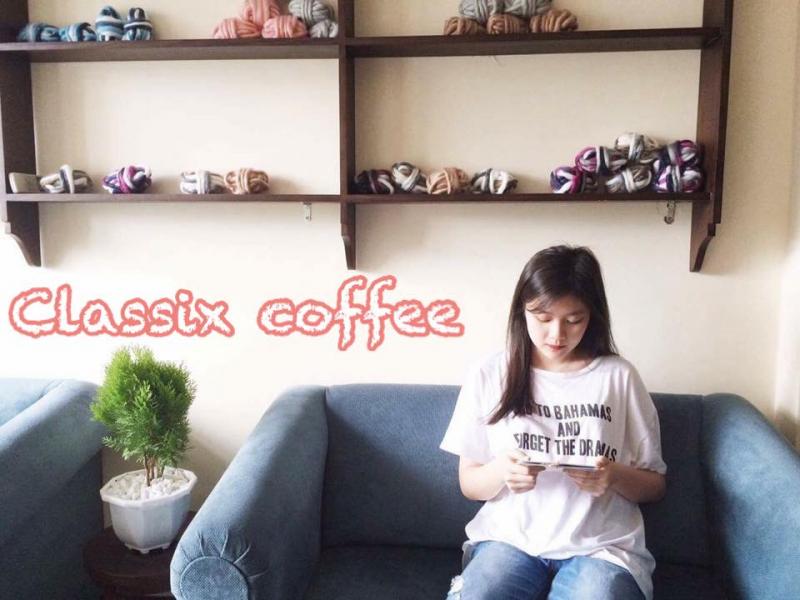 Classix Coffee có không gian thoáng đãng với thiết kế trẻ trung sẽ làm hài lòng các bạn trẻ Thái Nguyên