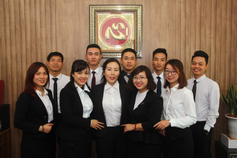 Đội ngũ luật sư của công ty Luật TNHH Nguyễn Nga & Cộng Sự