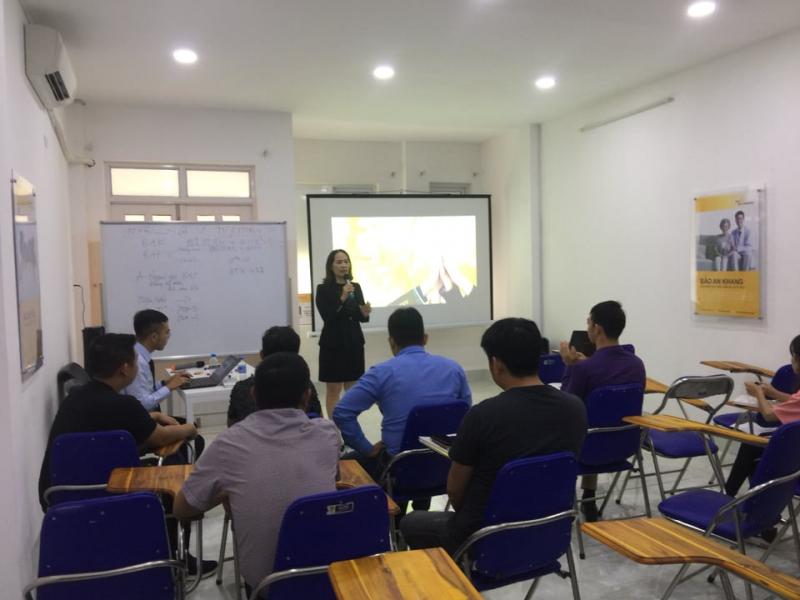 Một lớp huấn luyện tại VP Sun Life Quy Nhơn