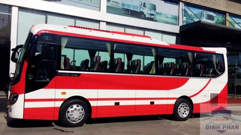 Xe Du Lịch 45 Chỗ Hyundai Aero Space của Đinh Phan