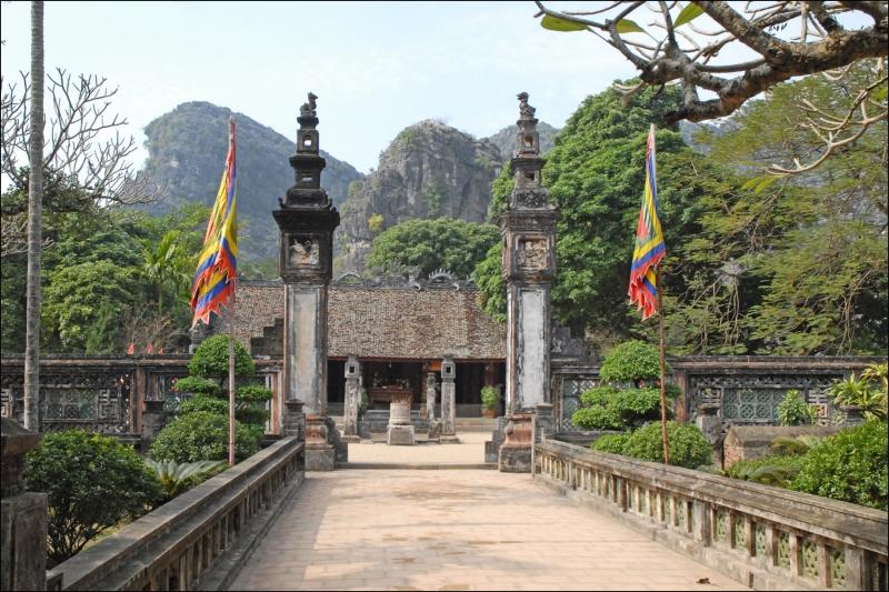 Đền thờ Đinh Bộ Lĩnh tại Hoa Lư Ninh Bình