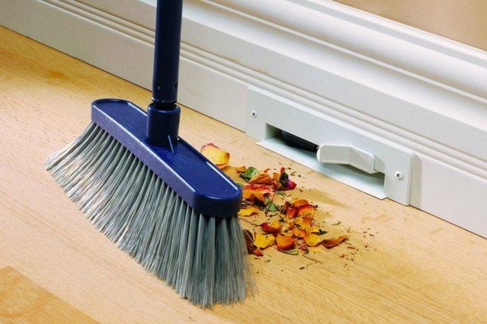 Nhiều người không quét nhà, đổ rác vào ngày mồng Một