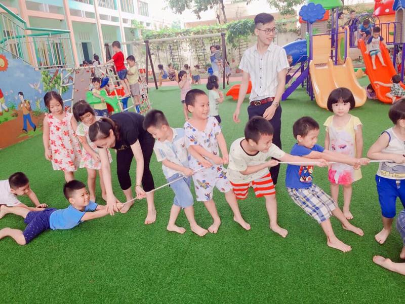 Cho trẻ tham gia các hoạt động