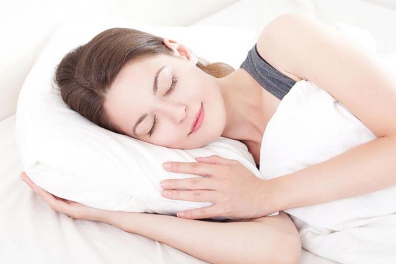 Giảm cân cần phải ngủ đủ giấc và tránh thức khuya
