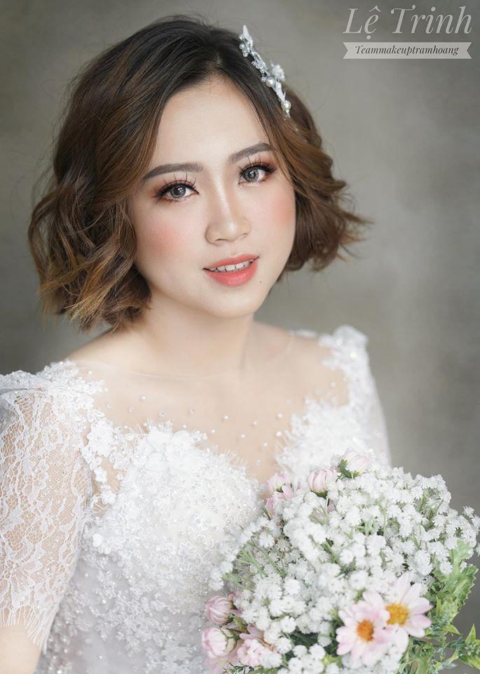 Hoàng Trâm Makeup & Beauty