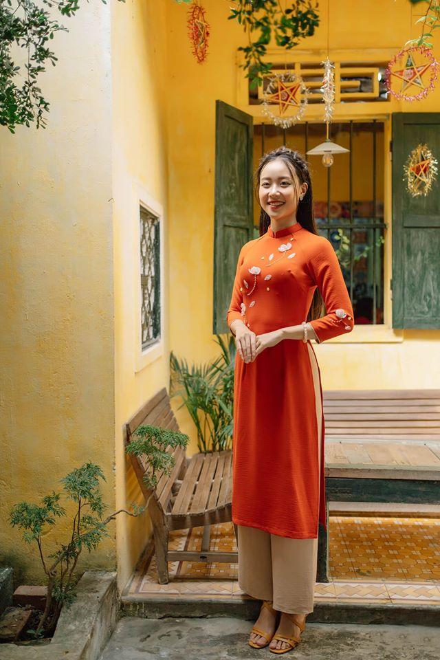 Mẫu áo dài tại Huyền Thái Elegant