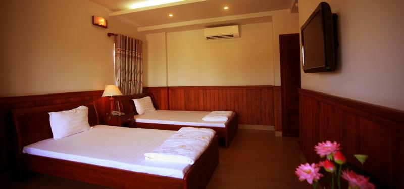 Khách sạn Sơn Thủy