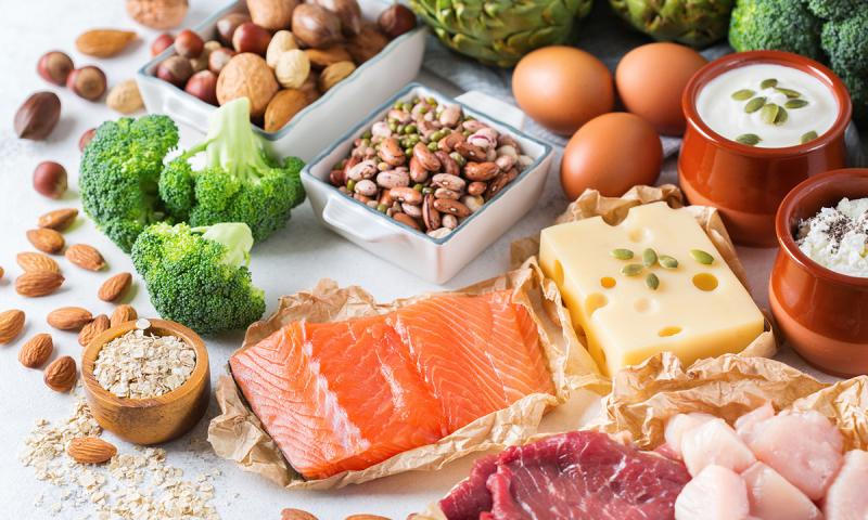 Lựa chọn món ăn lành mạnh trong bữa chính