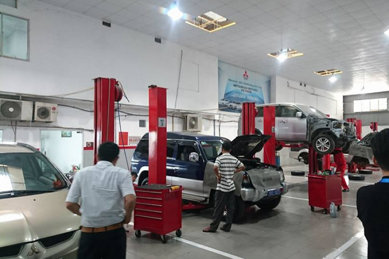 Mitsubishi Bắc Quang