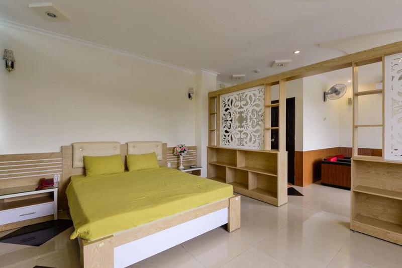 New Sunrise Hotel