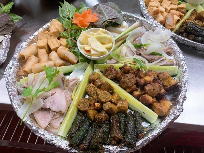 Nhà hàng Hoa Mai Điền Trang 3