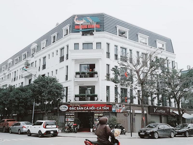 Nhà Hàng Thác Bạc - Thác Ong Khau Phạ