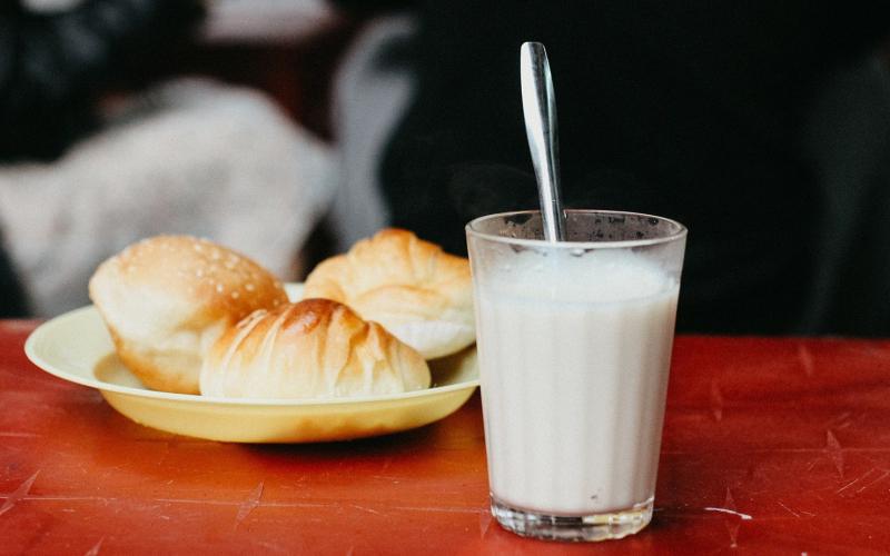 Sữa đậu nành nóng quán Hoa Sữa