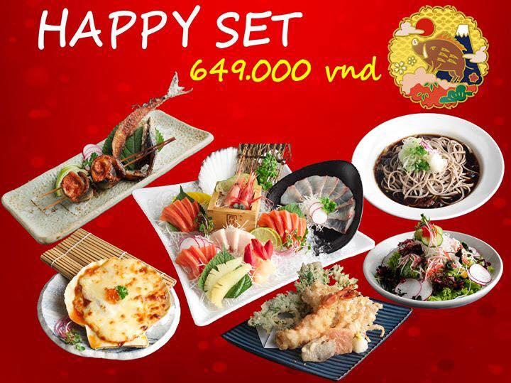 Các món ăn khá đa dạng và rất tươi từ các món sushi, salad, súp, lẩu