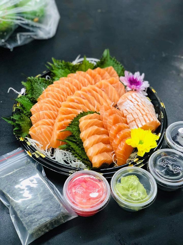 Các món ăn được trình bày tối giản nhưng loại toát lên vẻ đẹp vô cùng tinh tế.