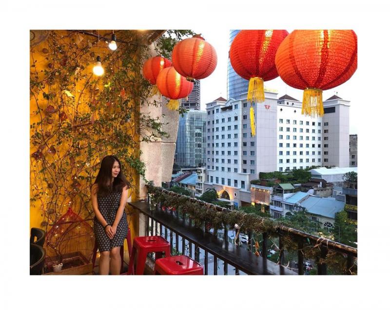 The Letter là một trong những quán café tông vàng xinh xắn nổi tiếng đối với các tín đồ sống ảo tại Sài Gòn
