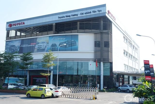 showroom Toyota Hùng Vương