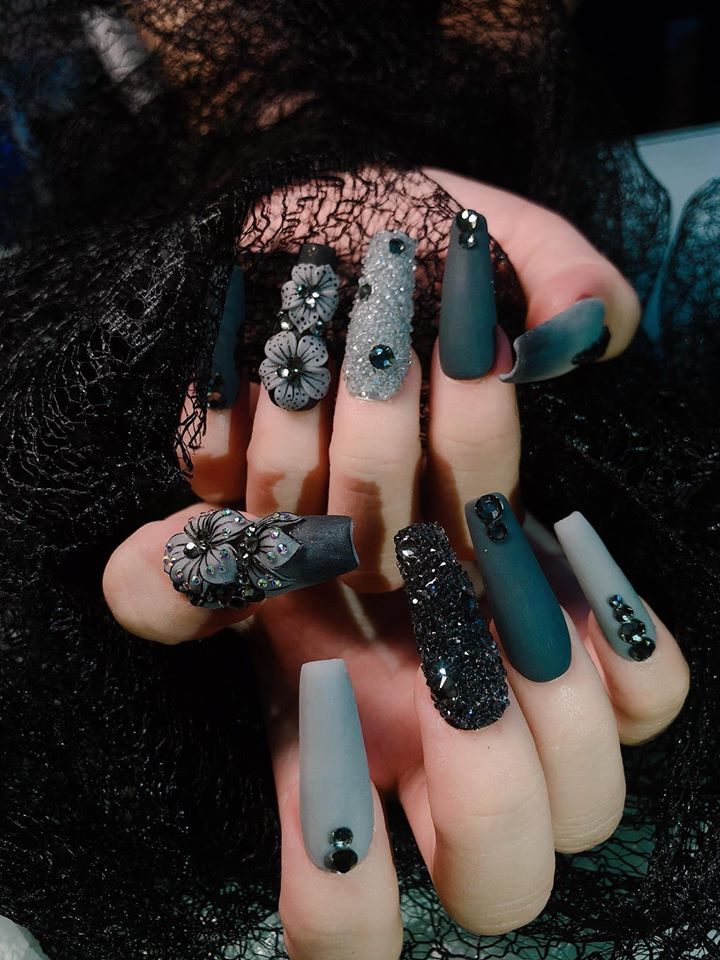 Trang Nails