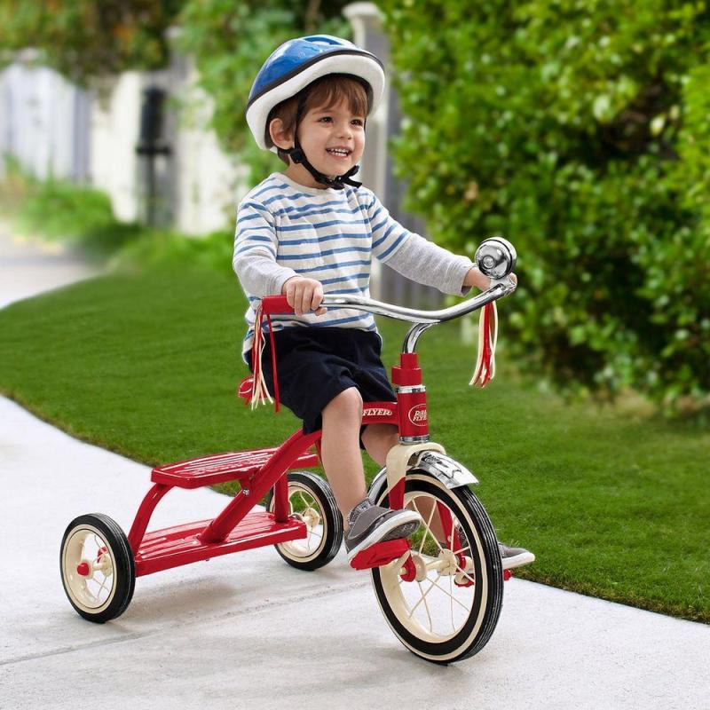Trò chơi vận động: Đi xe đạp 3 – 4 bánh