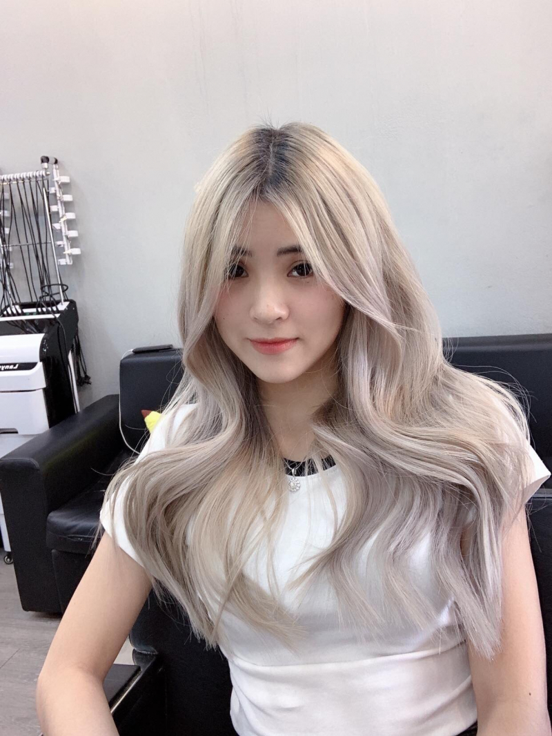 Tuyến Nguyễn Hairdressing